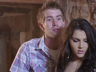 Three big cocks be incumbent on erotic Valentina Nappi around gangbang