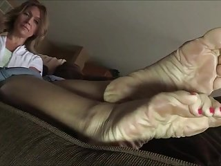 Fabulous Meaty Soles Added to Toes