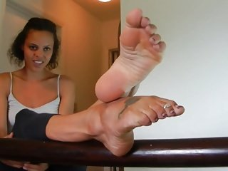 Soles joshing in the air mighty arches