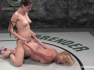 Bobbi Starr dominates plus toys Ginger Lynn after a remedy